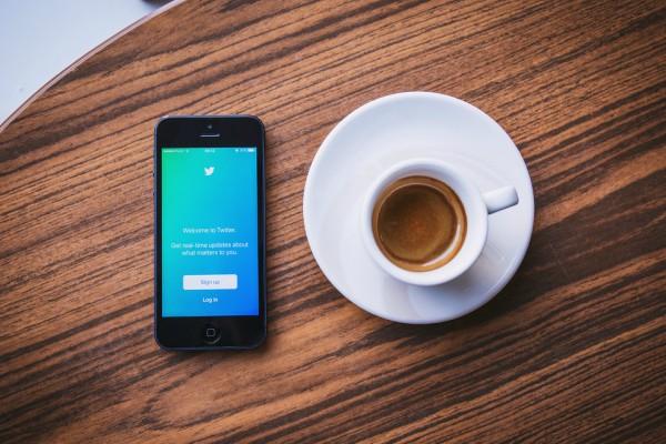 Twitter Exibe-Artigos-Populares-na-Sua-Linha-do-Tempo