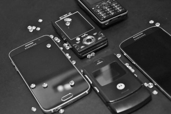 O-que-fazer-com-o-celular-velho